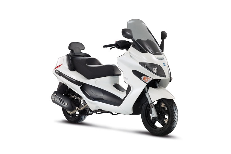 xevo 125 piaggio scooters